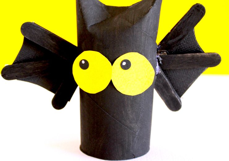 how-to-make-a-toilet-roll-bat-001