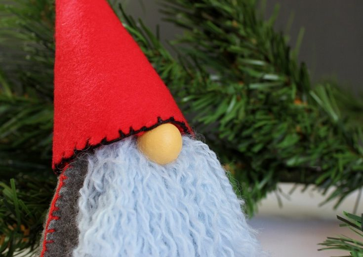 scandinavian-christmas-gnome